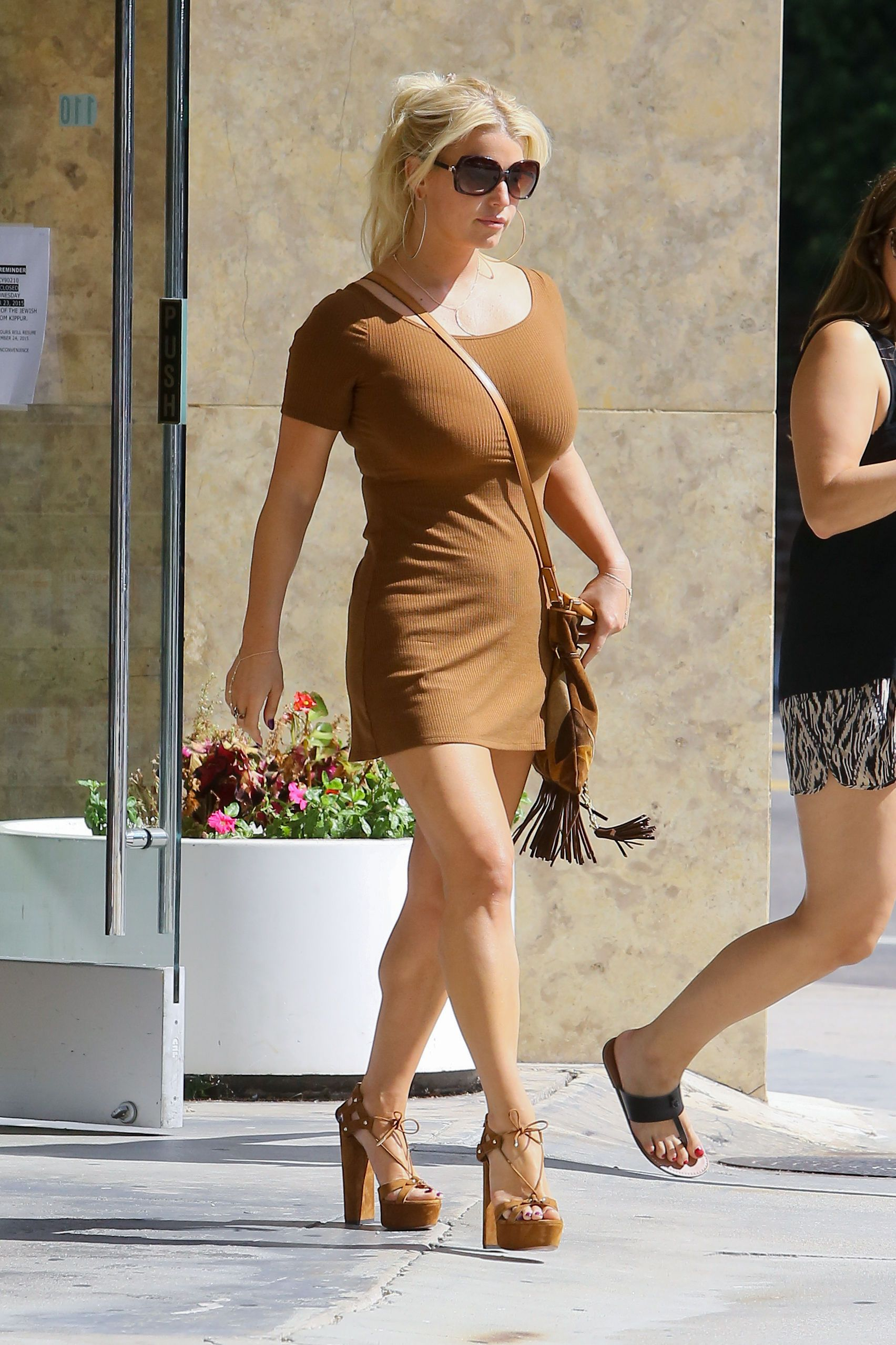 Jessica Simpson Pokies Ph...