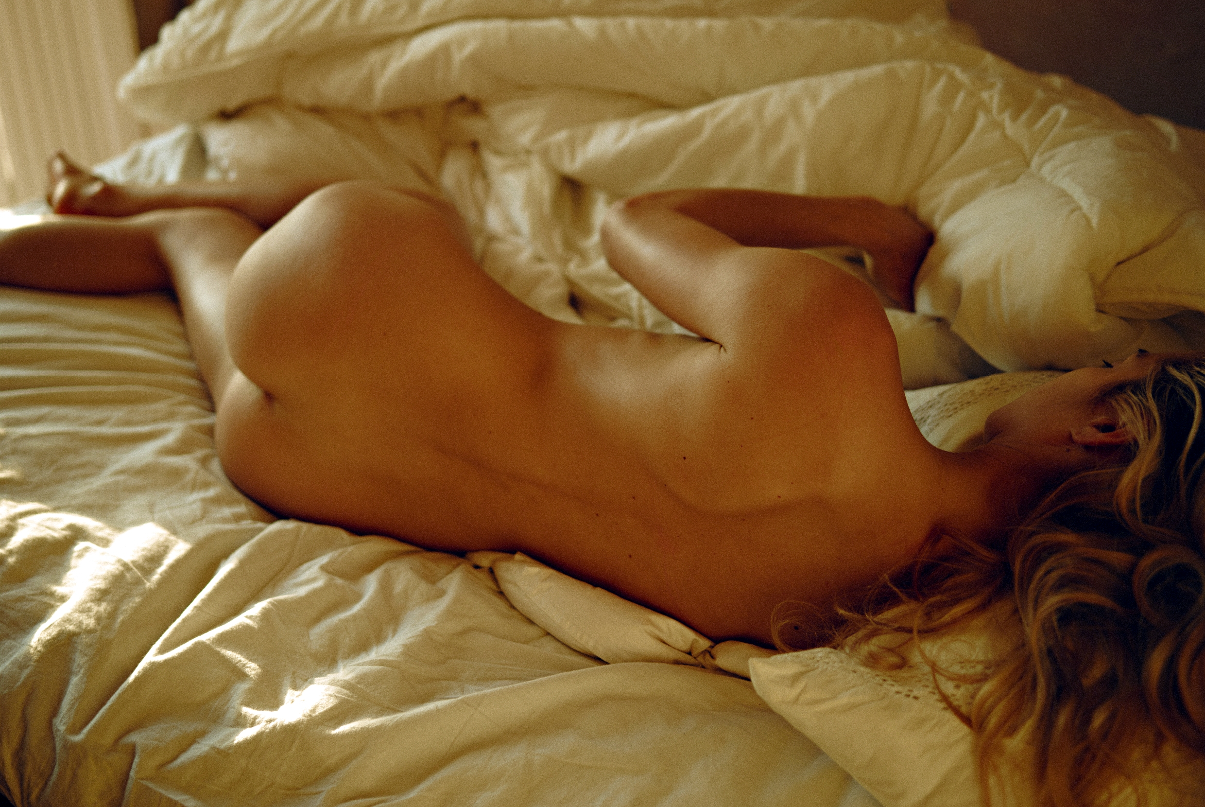 Johanna Thuresson Nude Ph...