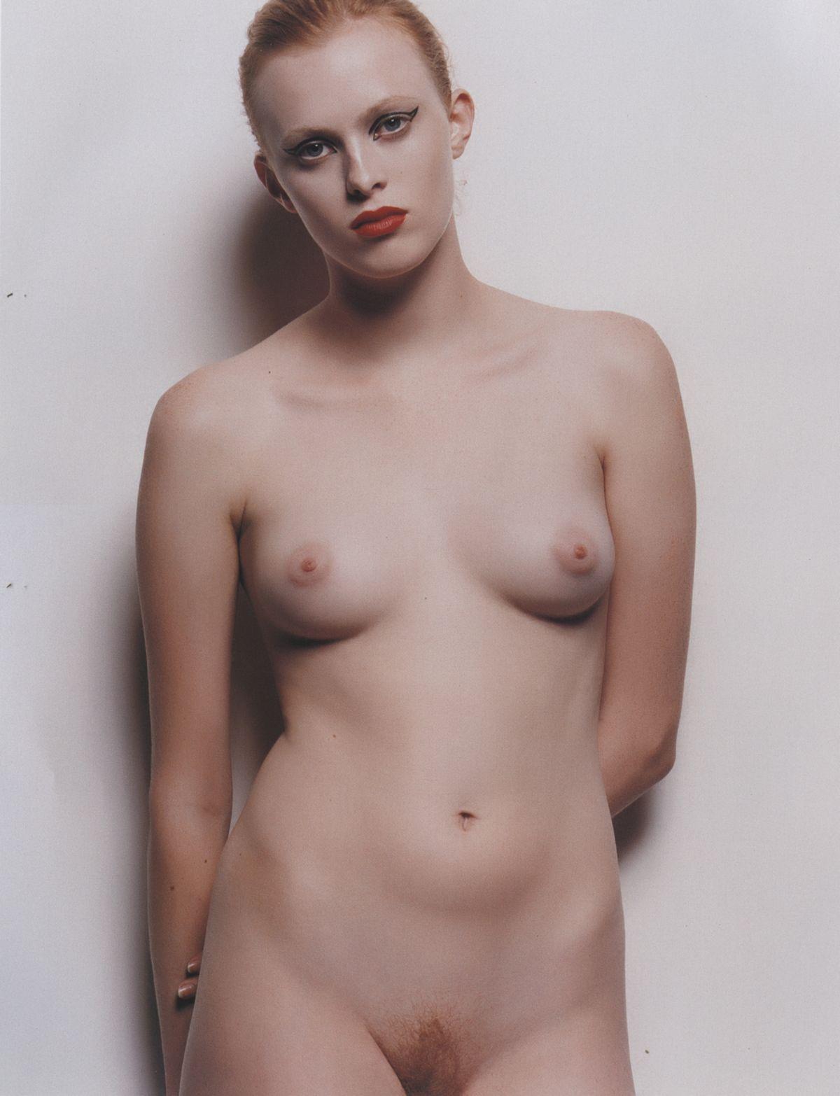 Naked Pics Of Karen Elson