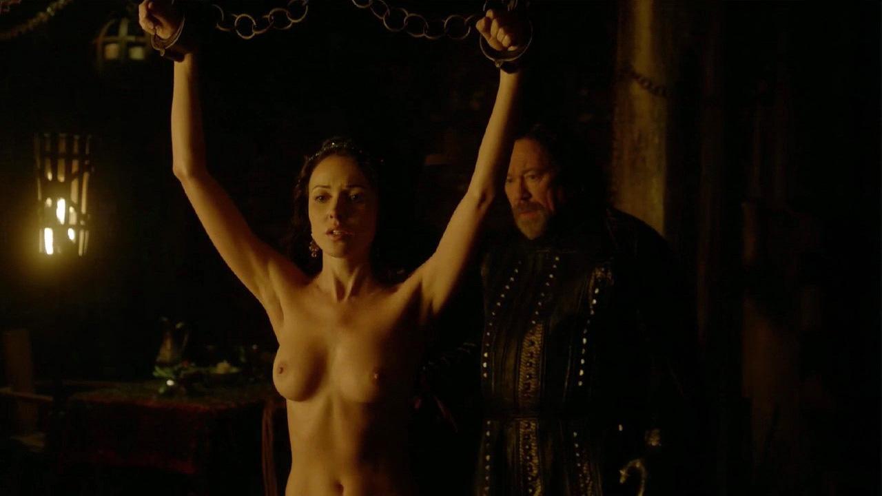 Karen Hassan Nude Scene