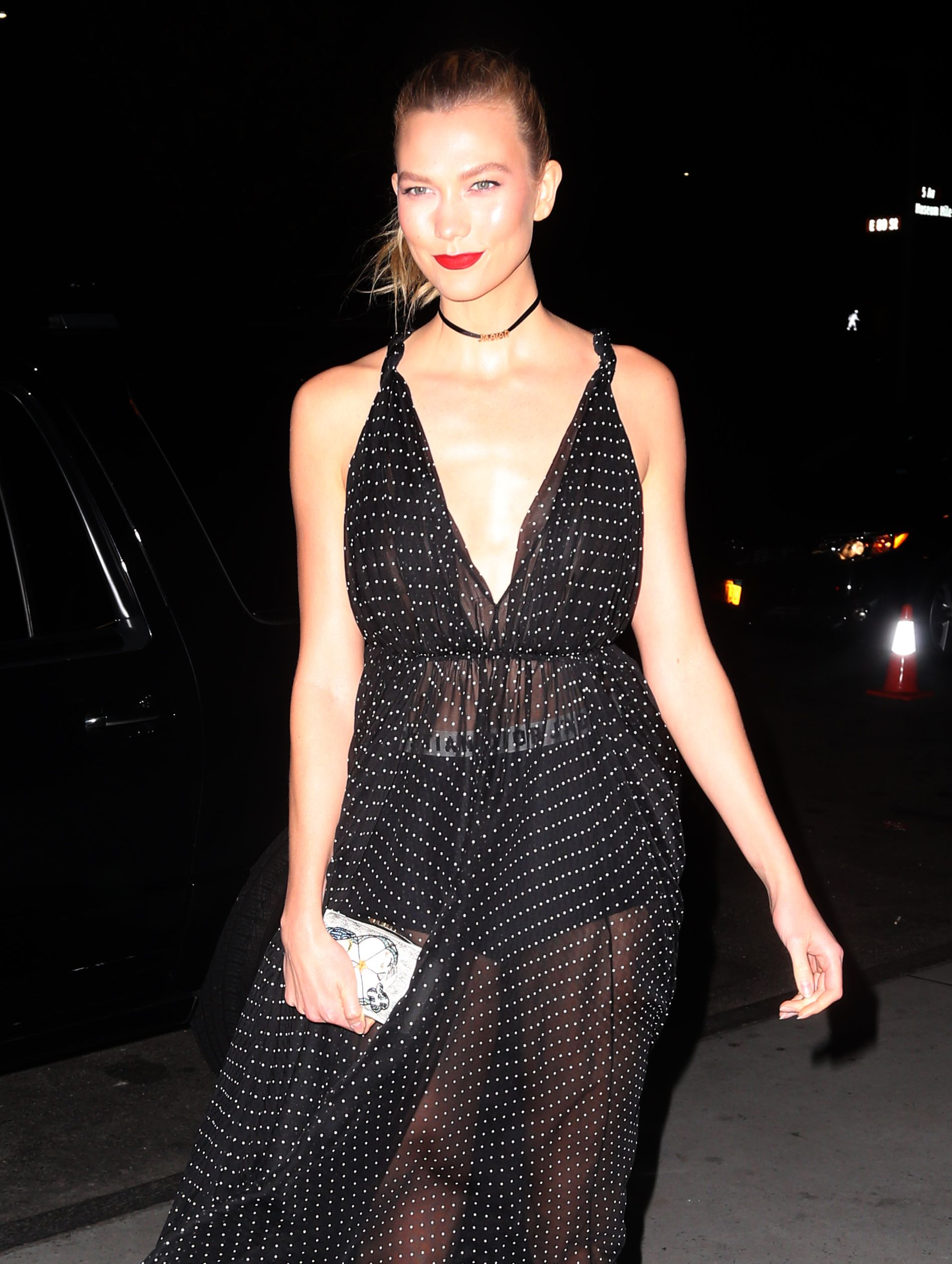 Braless Photos Of Karlie ...