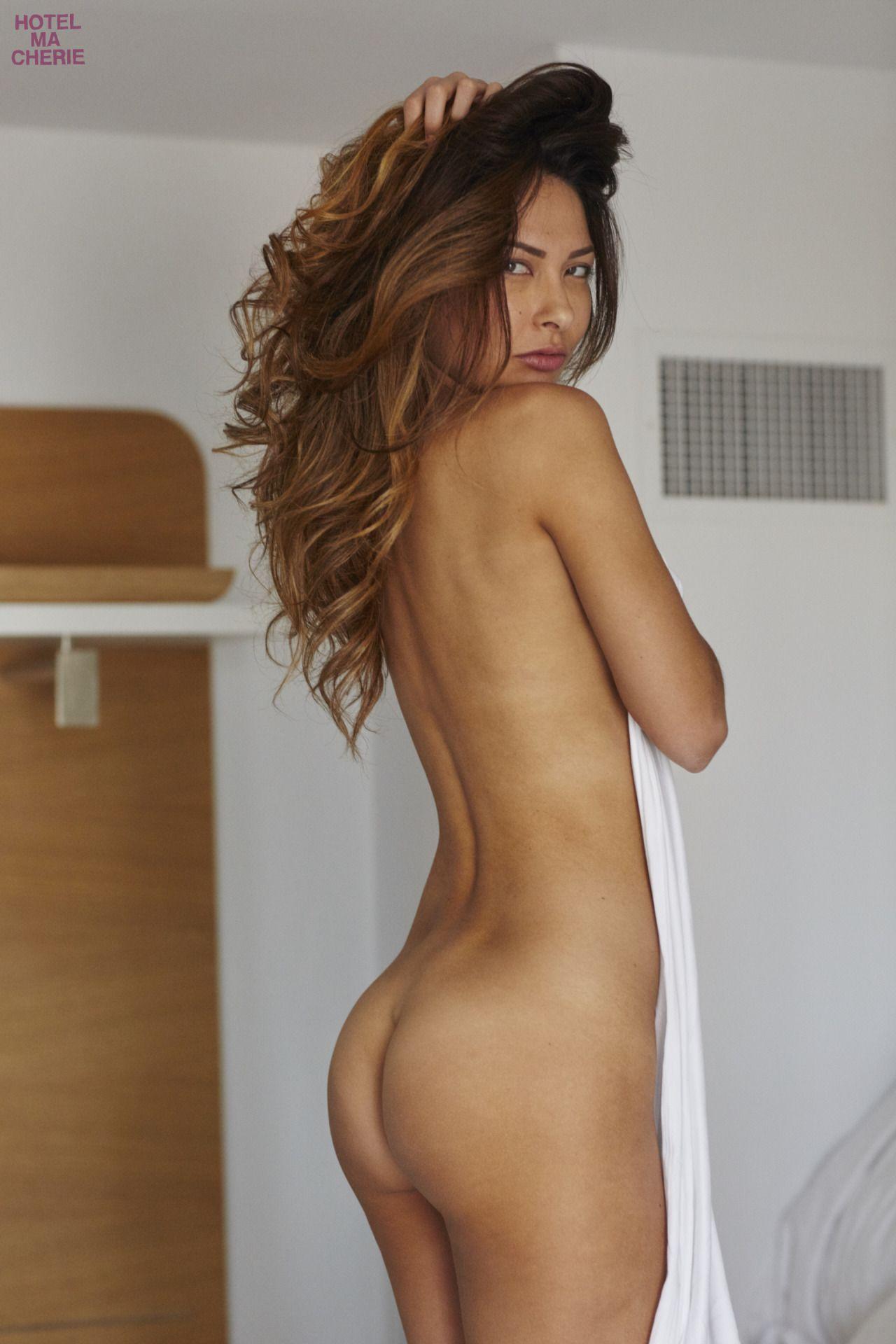Kat-Kelley-Nude-18