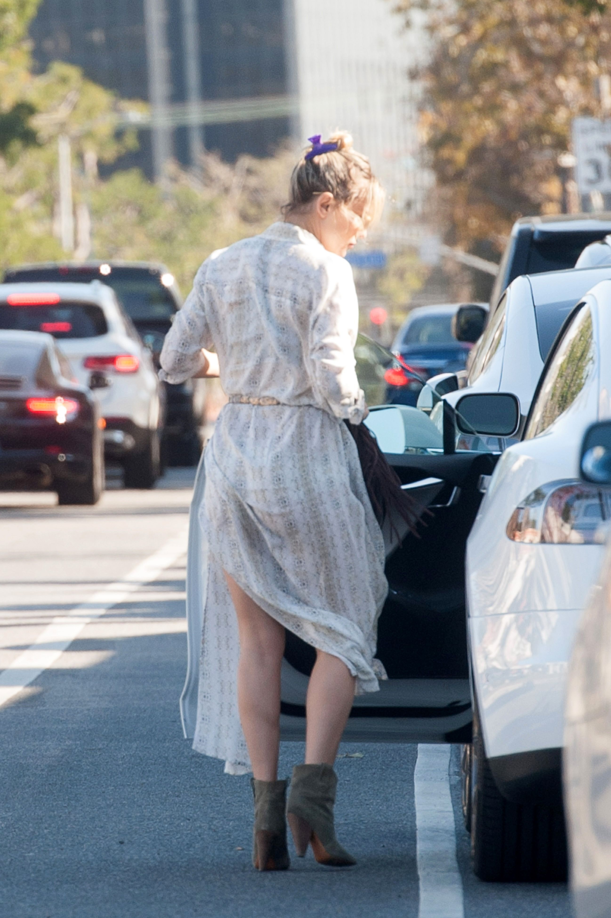 Kate Hudson Upskirt Photo...