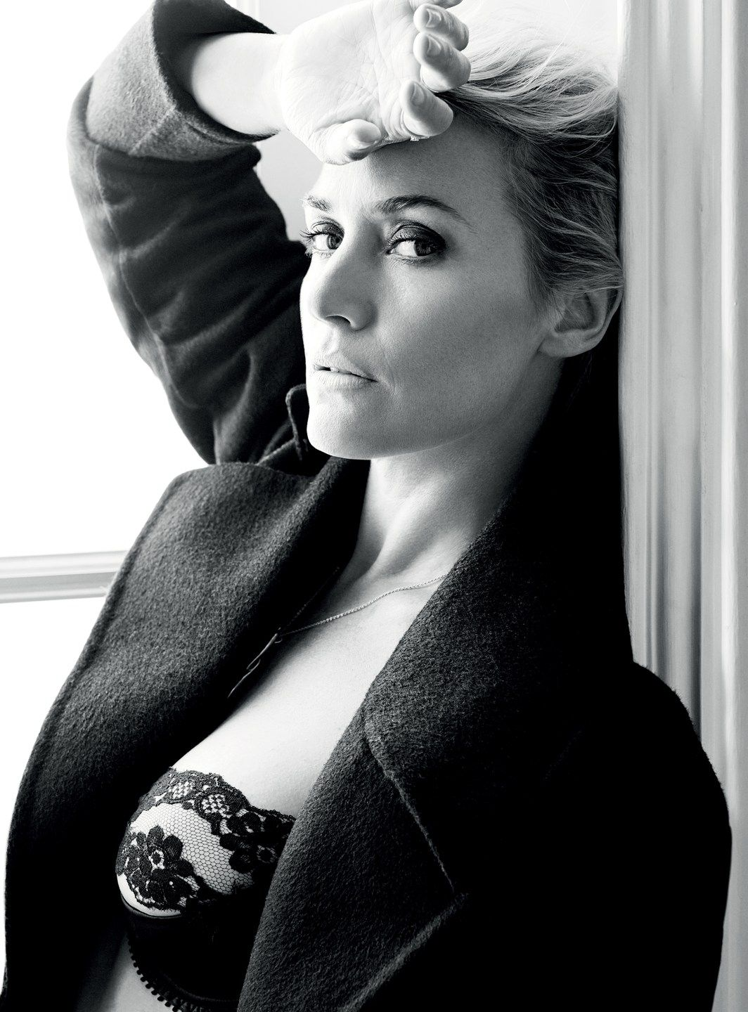 Kate Winslet Sexy Photos