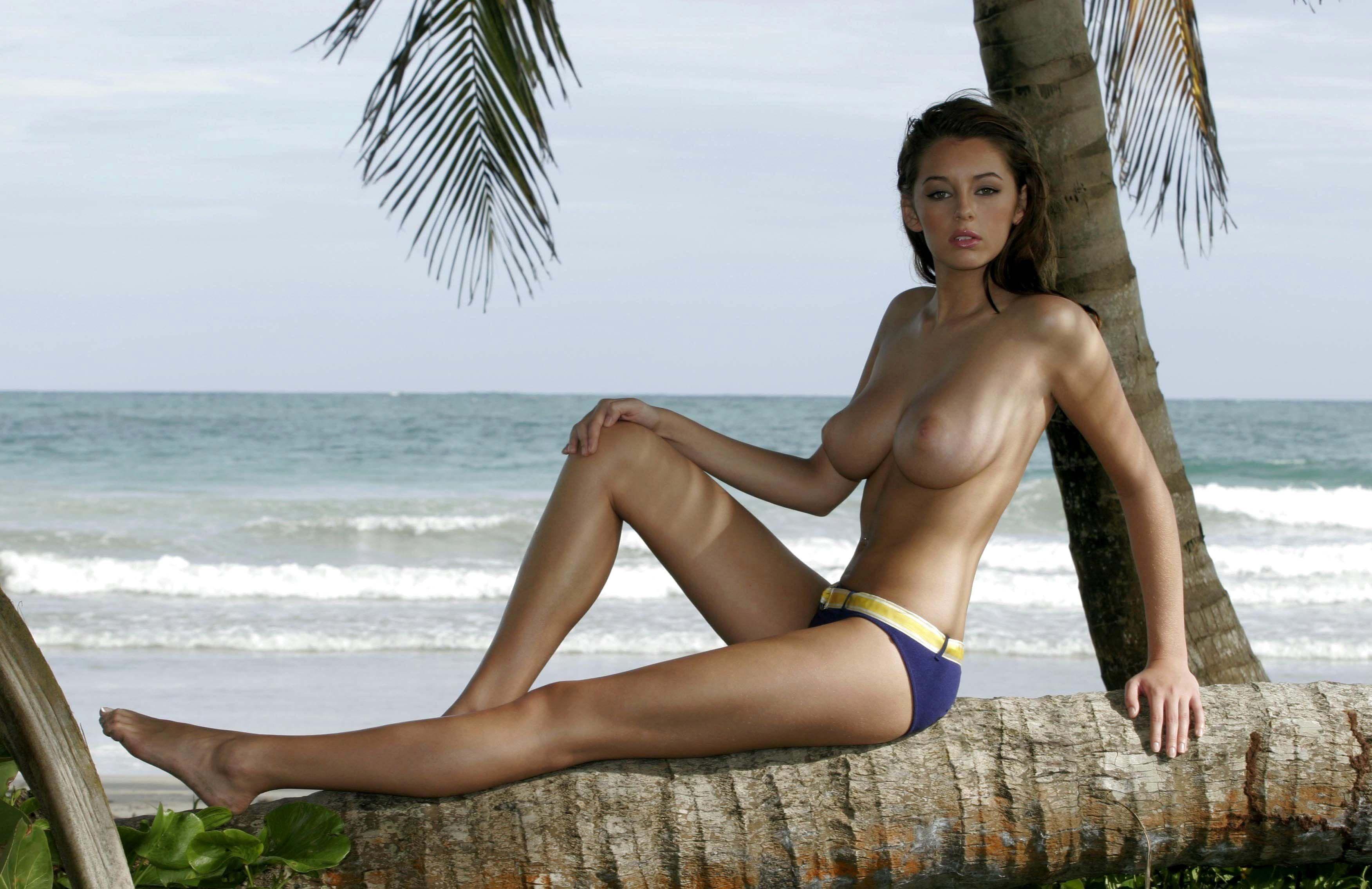 Kaley Hazell Nude 23