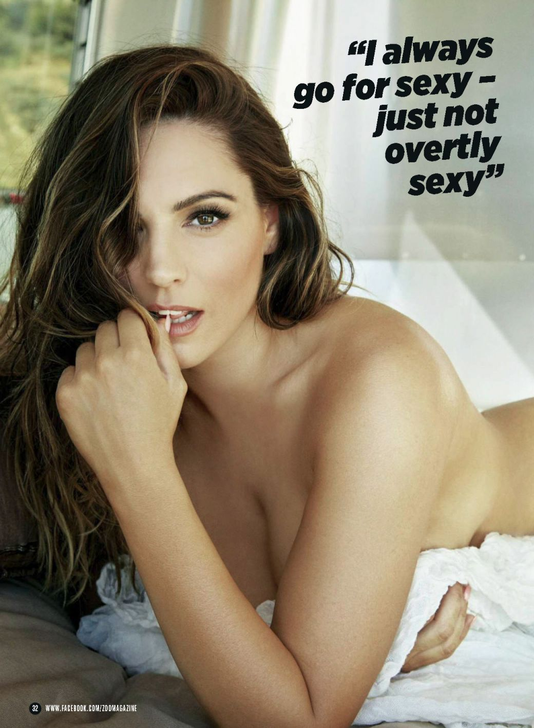 Kelly Brook Sexy Photos