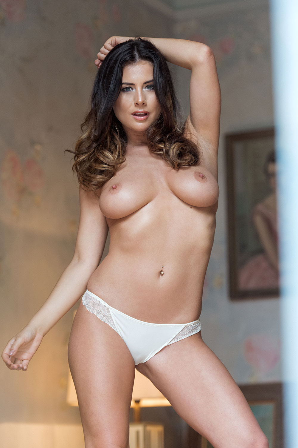 Kelly-Hall-Sexy-Topless-2 (2)