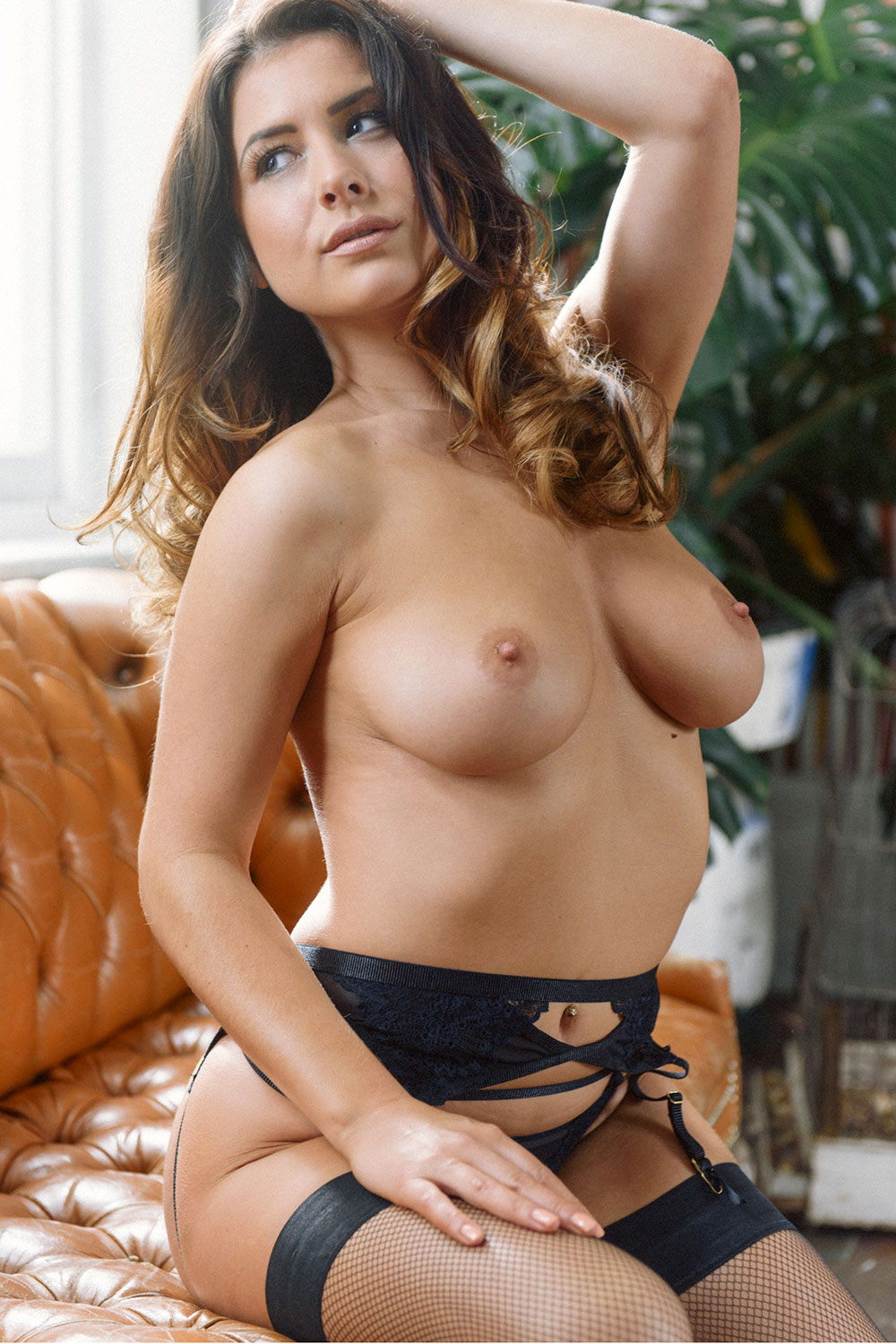 kelly-hall-sexy-topless5