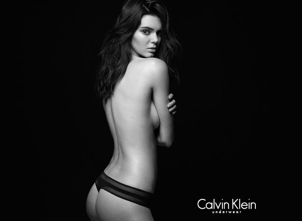 Kendall Jenner Sexy B&#03...