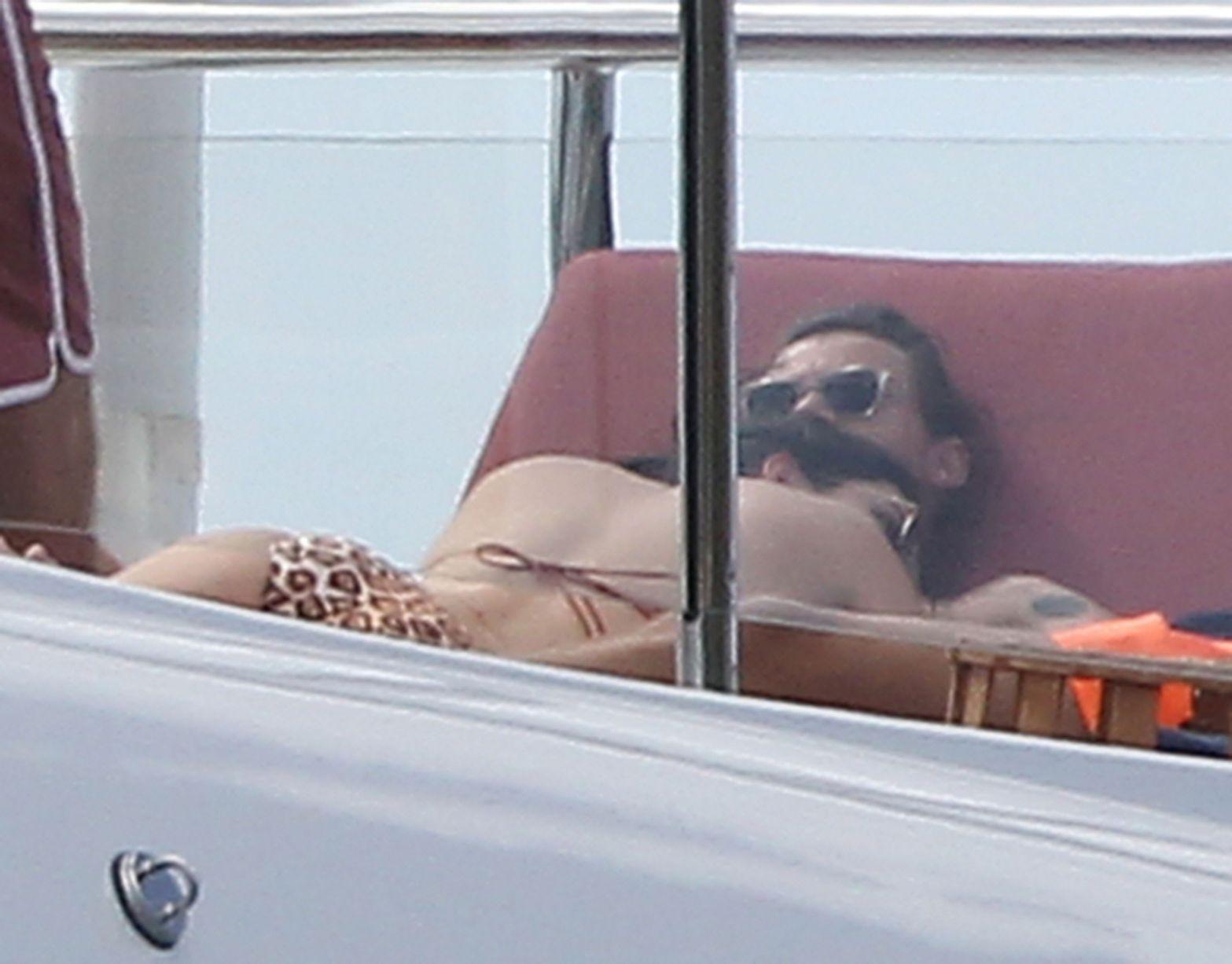 Bikini Pics Of Kendall Je...