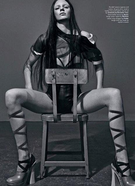 Kendall Jenner Naked R...
