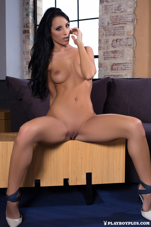 Kendra Cantara Nude Photo...