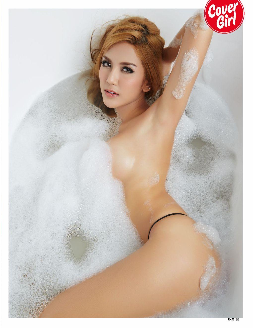 Khunanya Sawtwong sexy pics (1)