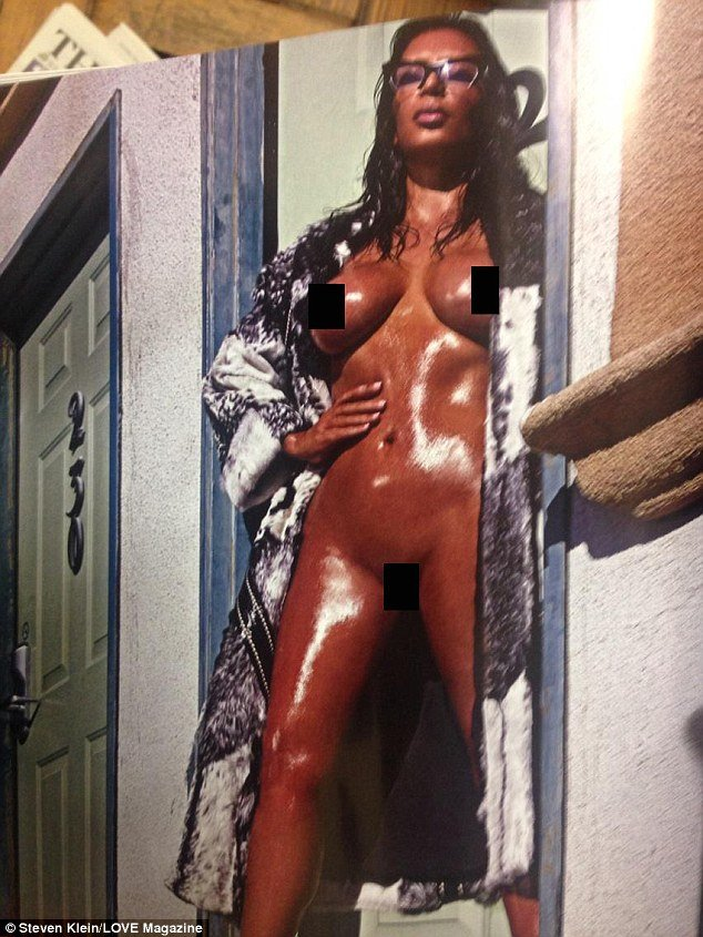 Kim Kardashian Sexy Photo...