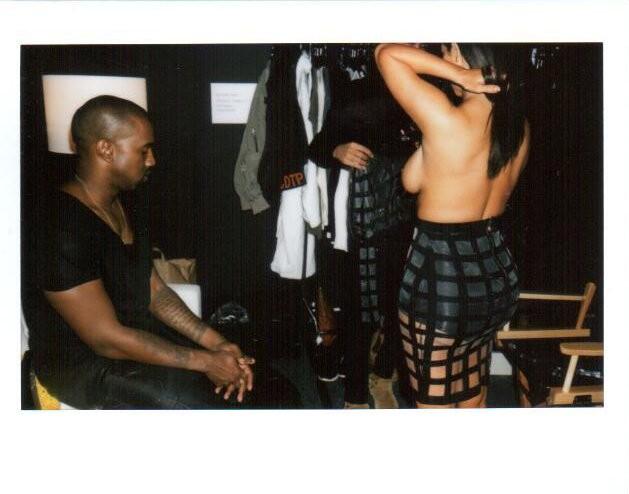 Kim Kardashian Topless Ph...