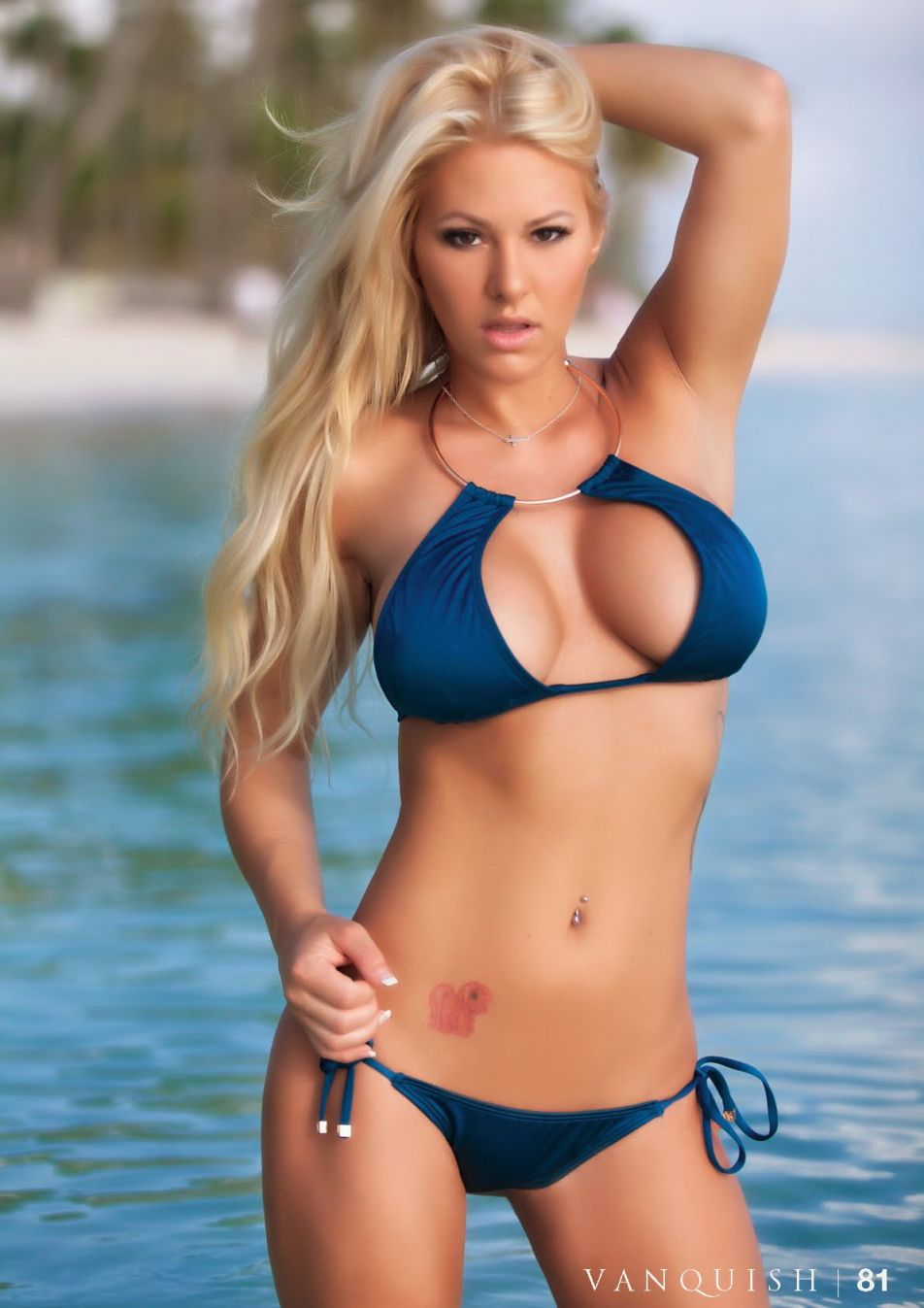 Kindly Myers Bikini Photo...