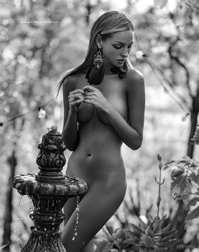 Nude Pics Of Kristina She...
