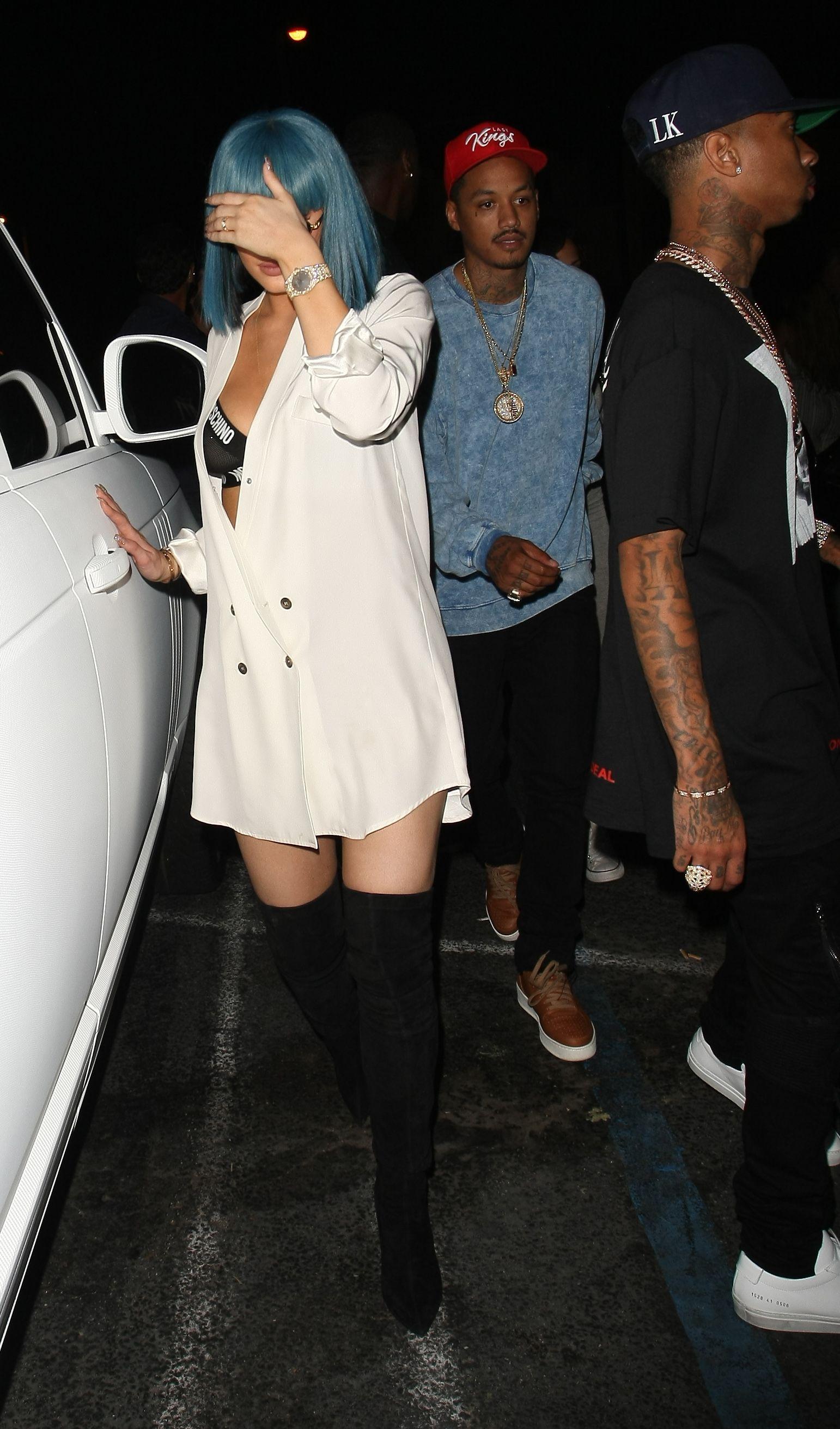Kylie Jenner Nipple Pierc...