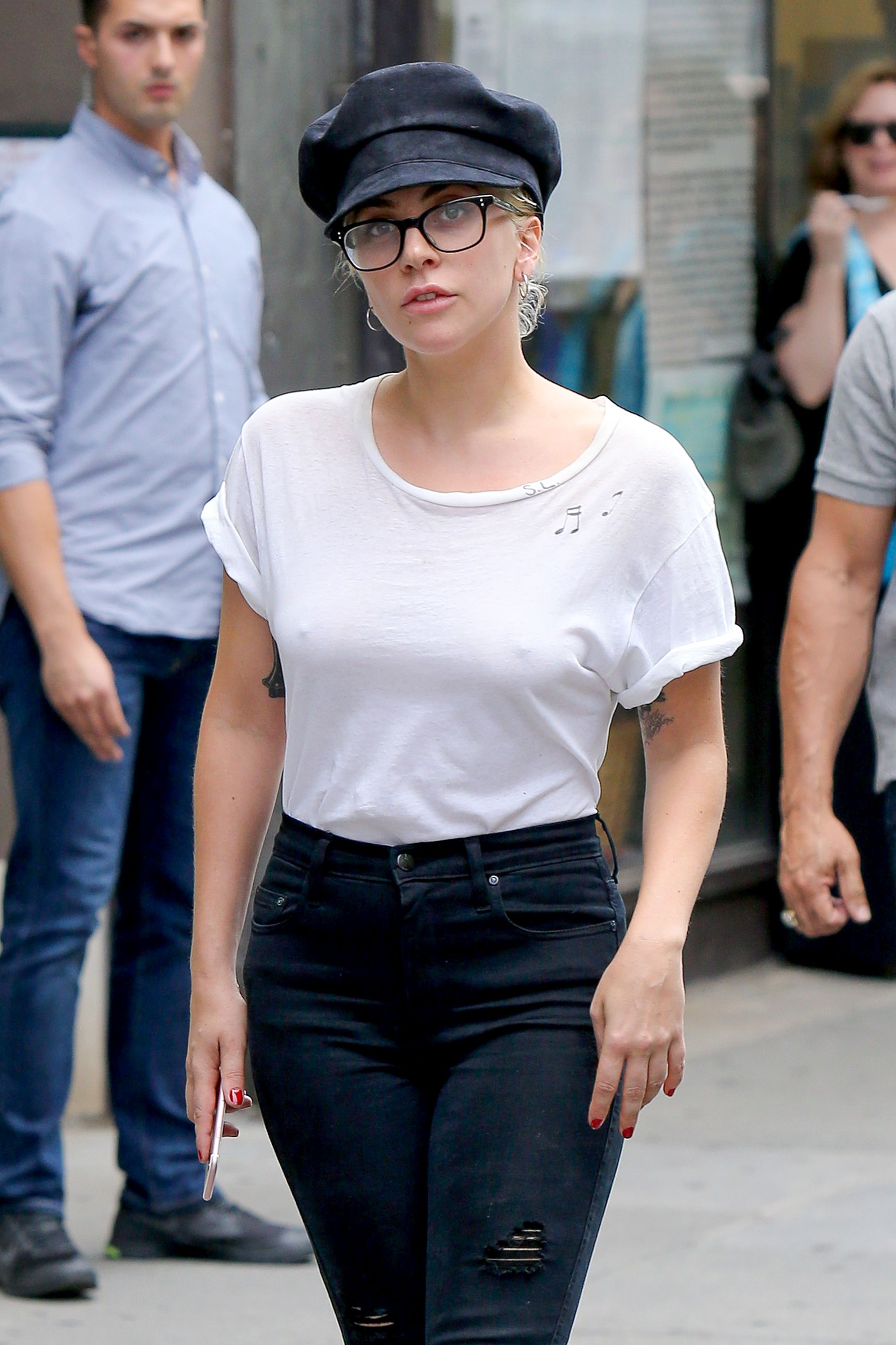 Lady Gaga Braless Photos