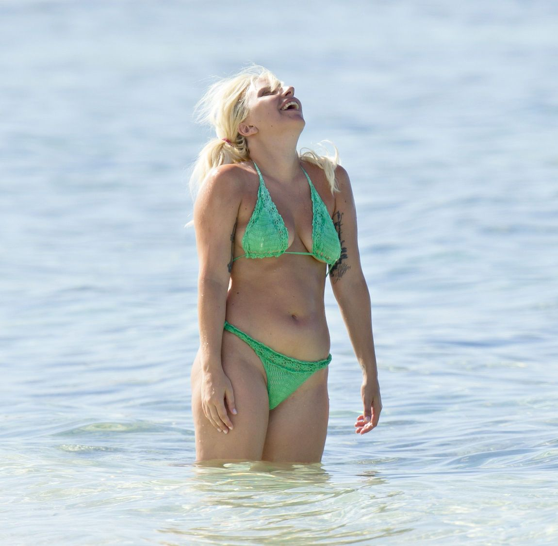 Lady-Gaga-in-Bikini-34
