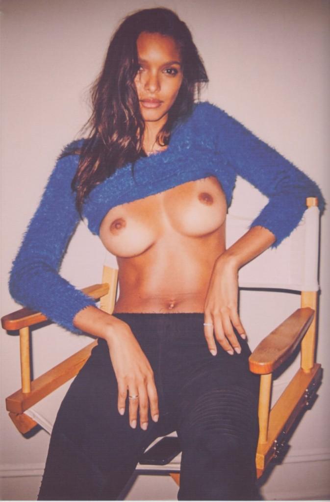Lais Ribeiro Topless Pict...