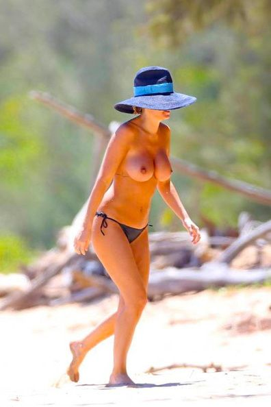 Lara Bingle Leaked
