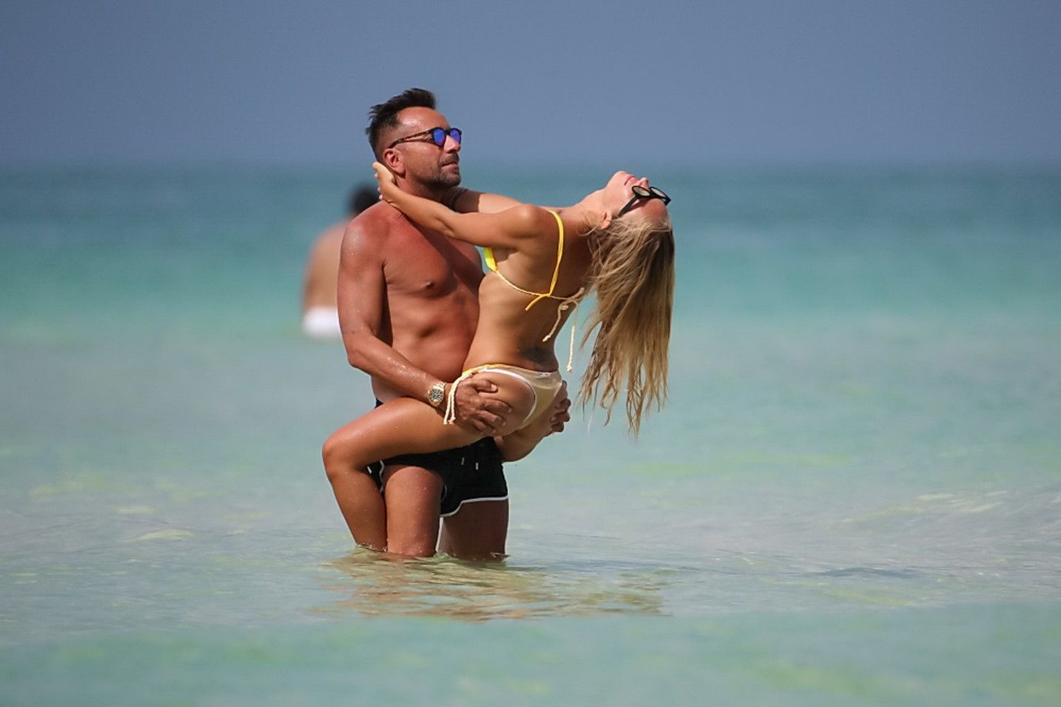 Laura Cremaschi Topless P...