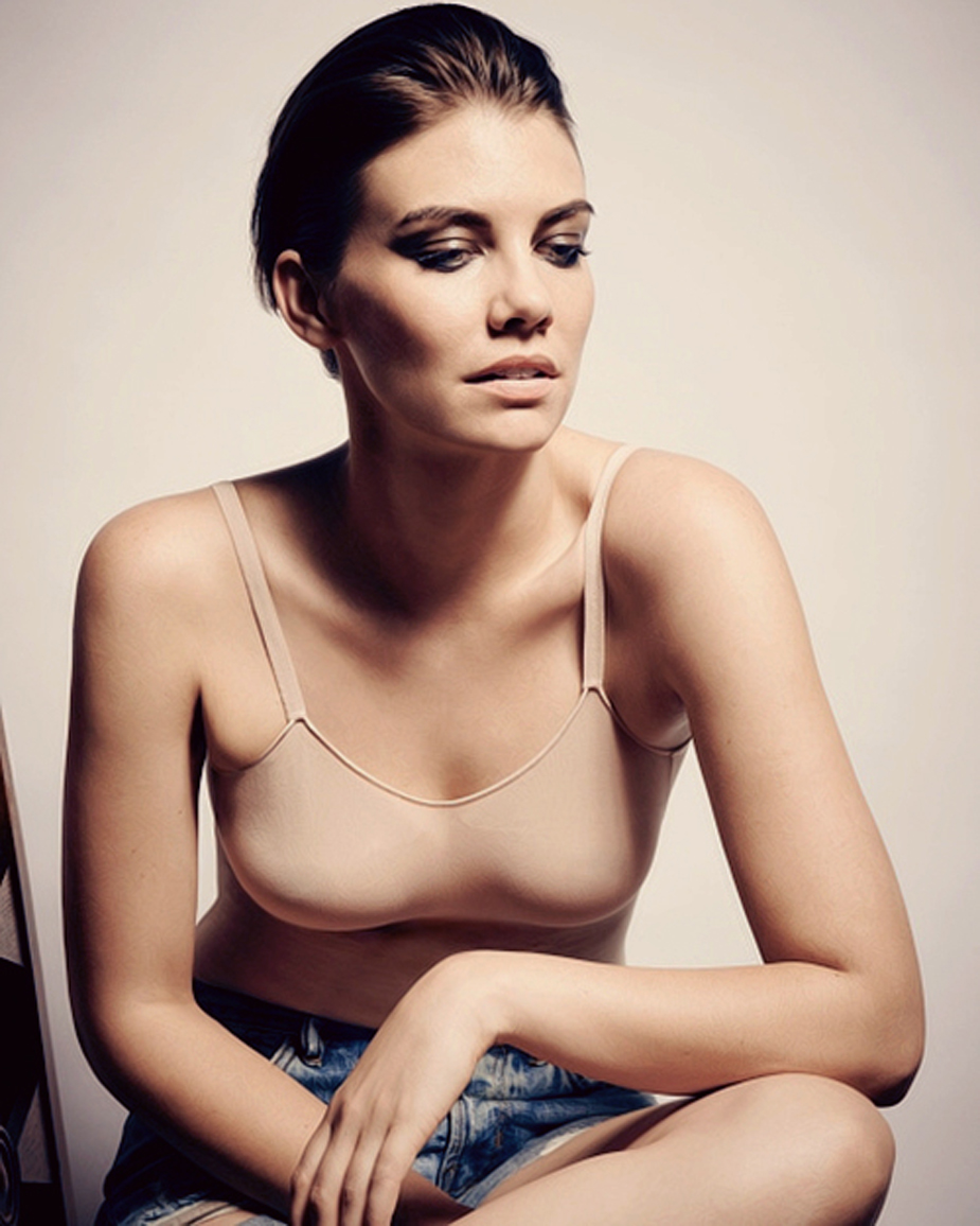 Lauren Cohan Hot Photoshoot 1