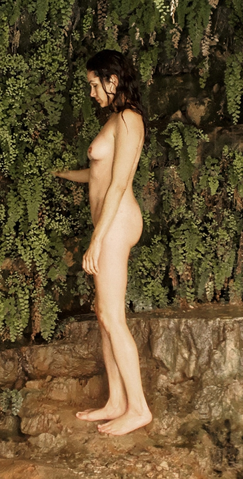 Lela Loren Naked Photos