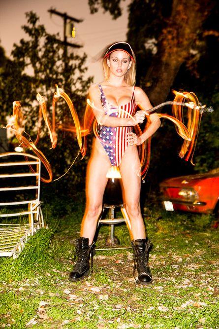 Sexy Pics Of Lindsay Hanc...