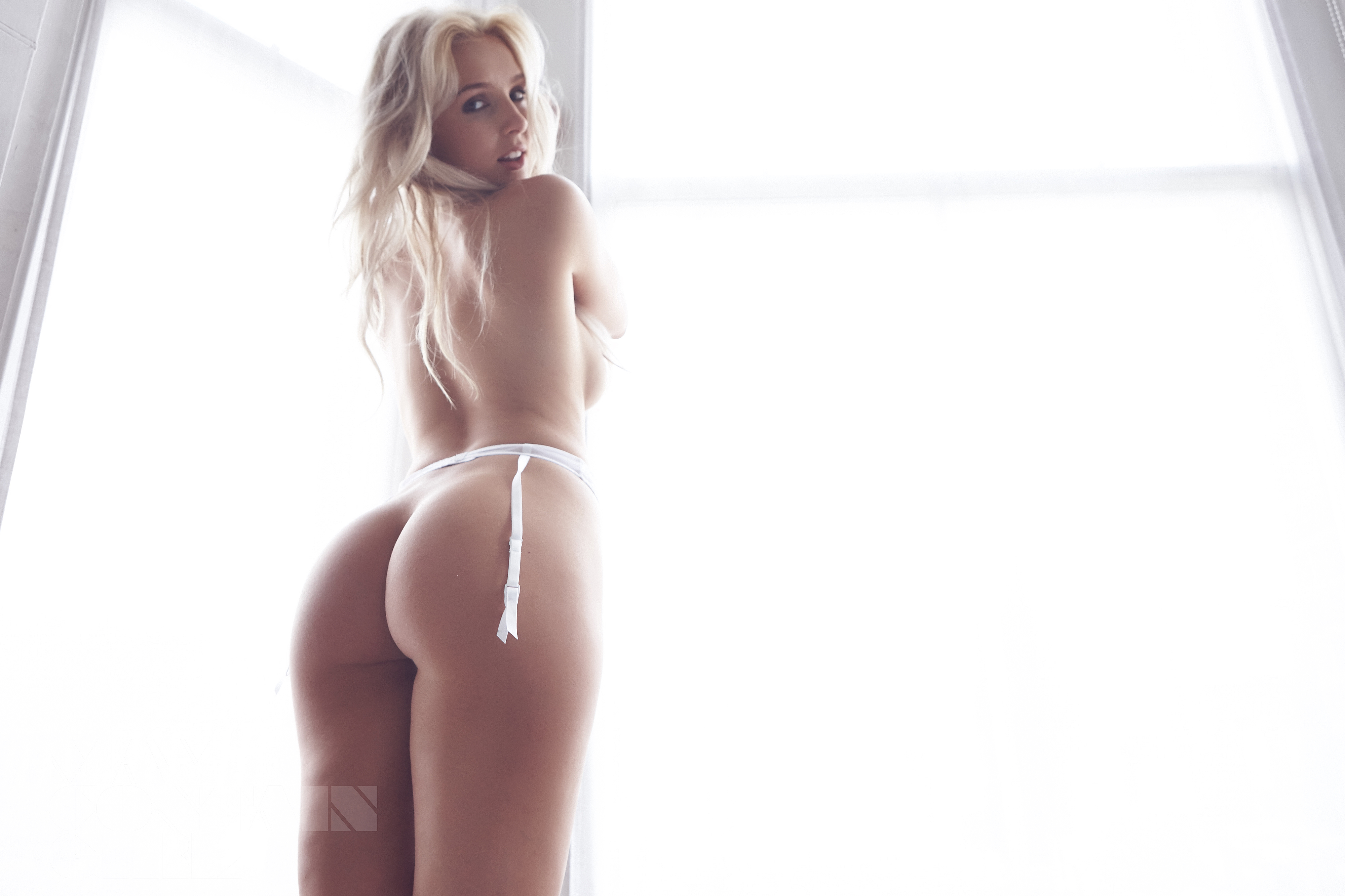 Lissy Cunningham Nude Pho...