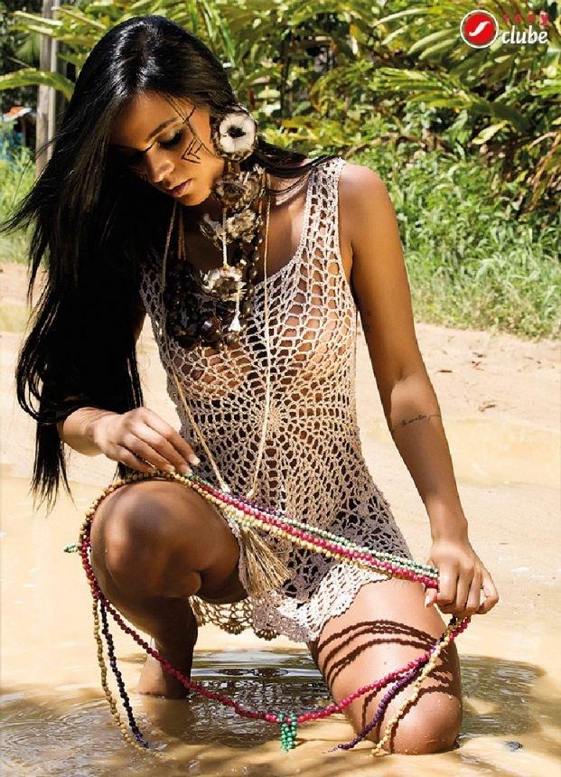 Lorena Bueri Sexy Bikini