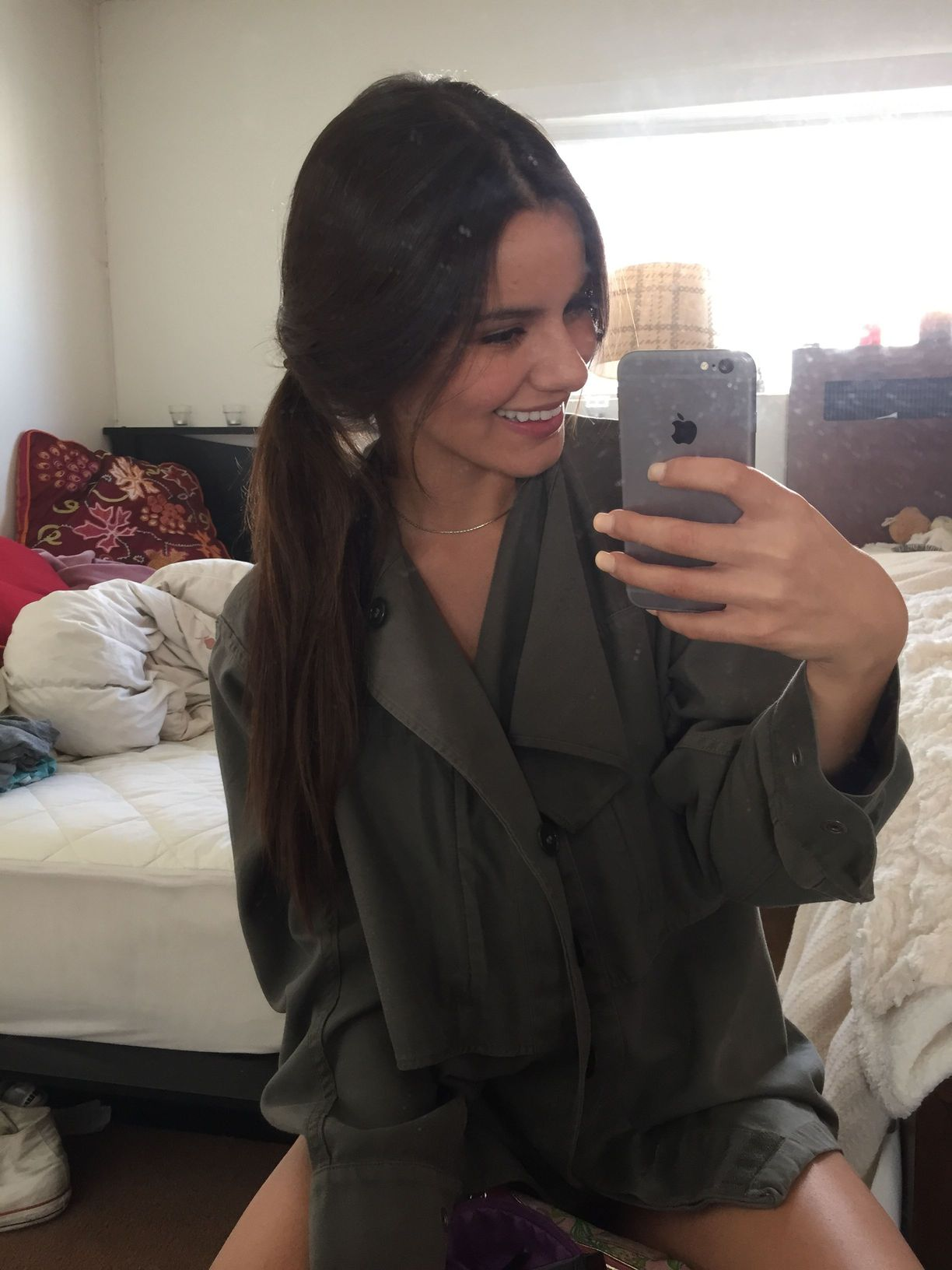 Madison Reed Hot Selfies