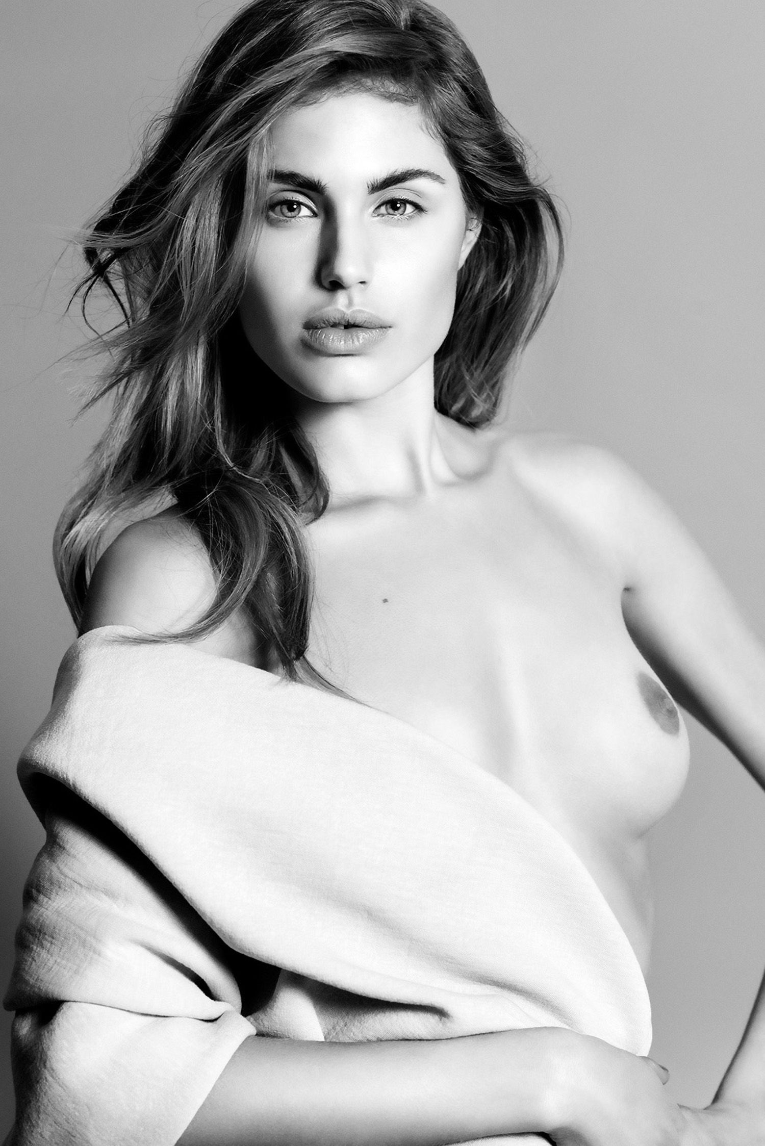 Topless Photos Of Maja Kr...