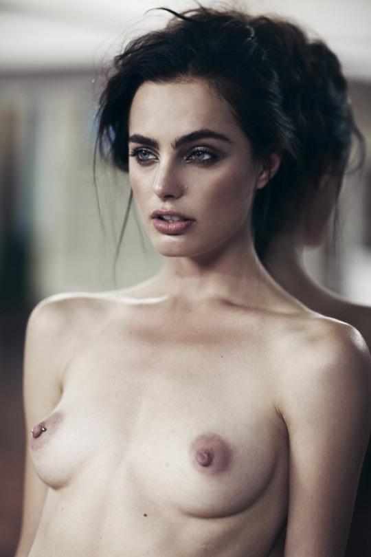 Marinet Matthee Topless P...