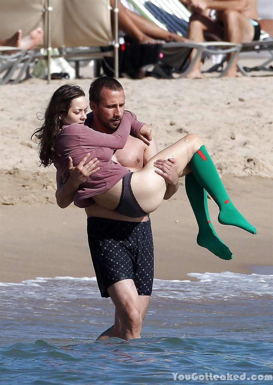 Marion Cotillard Topless ...