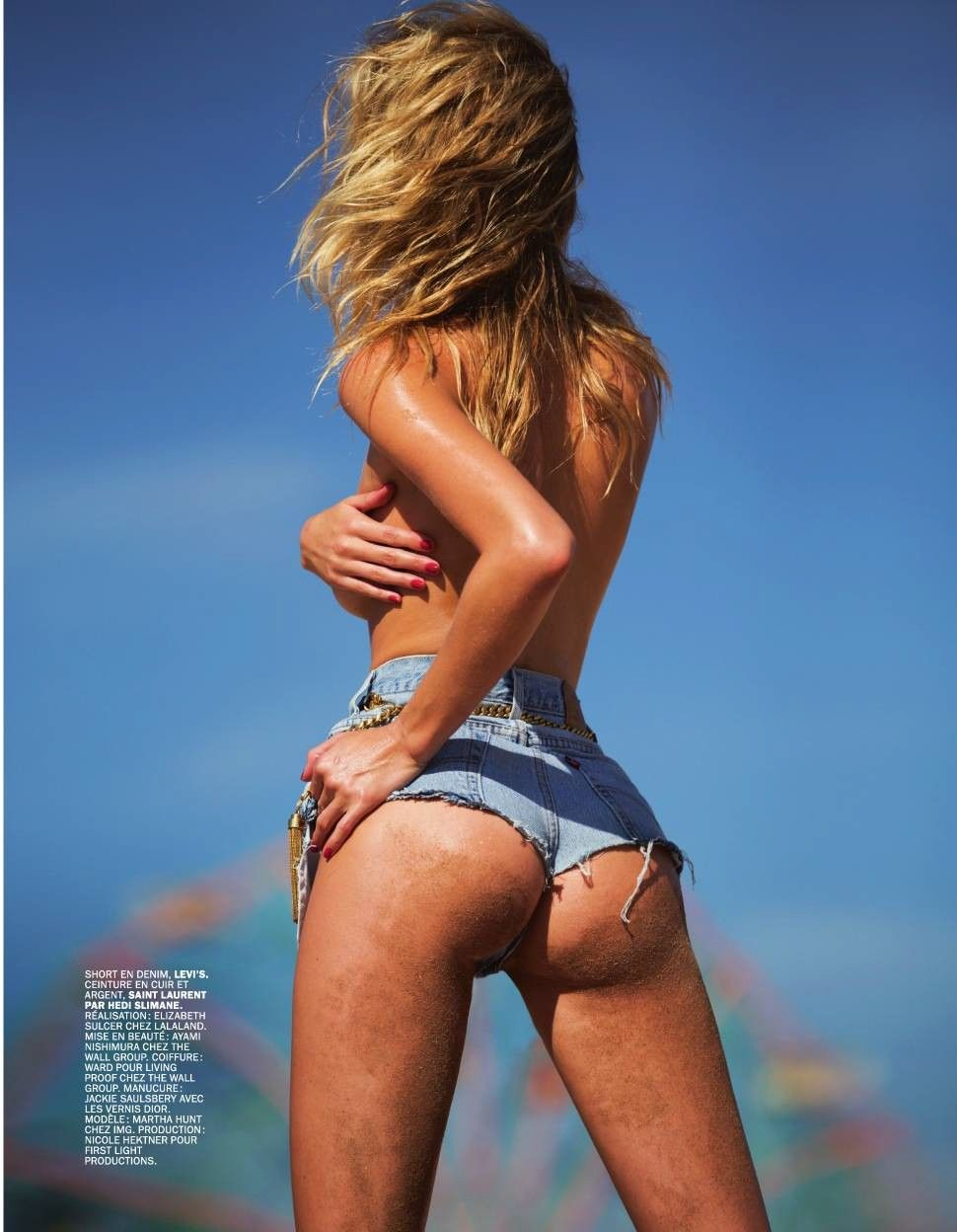 Martha Hunt Topless Photo...
