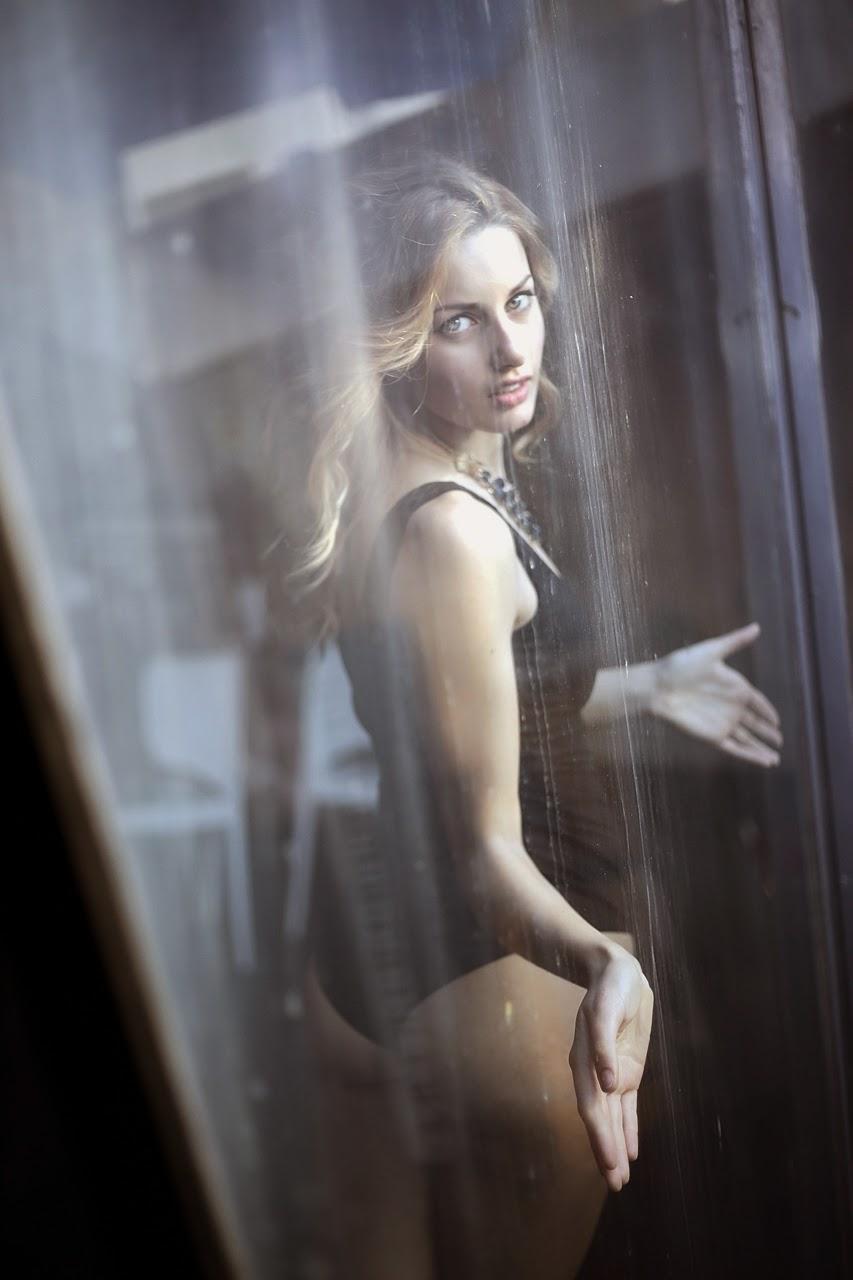 Martina Ramundo Sexy Phot...