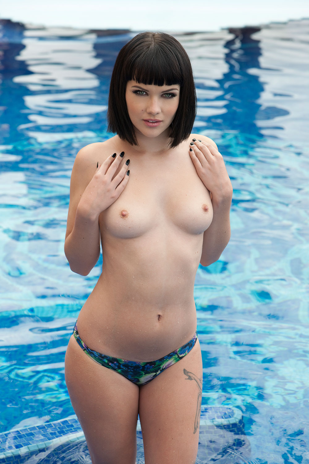 Topless Photos Of Mellisa...