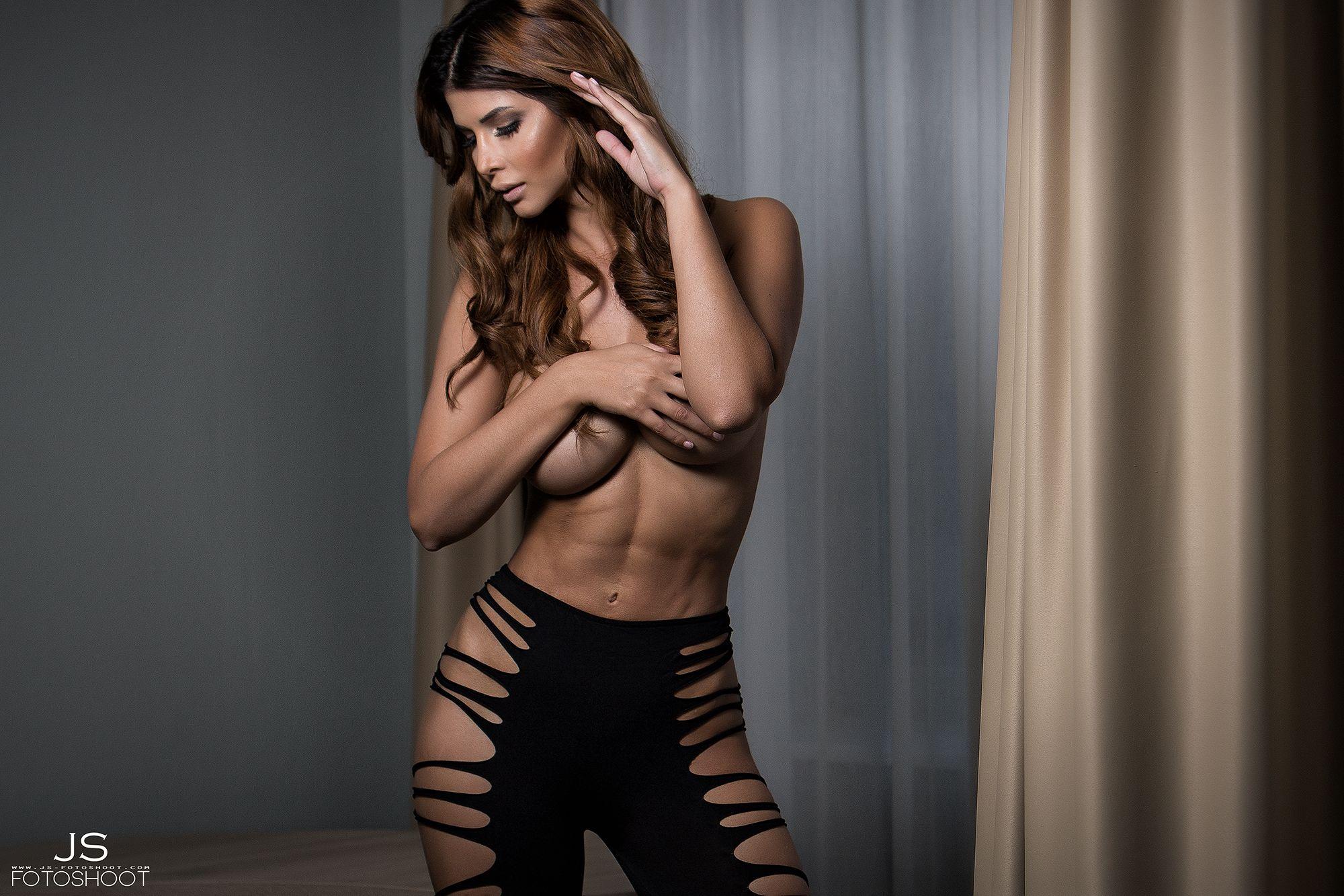 Micaela Schäfer Topless ...