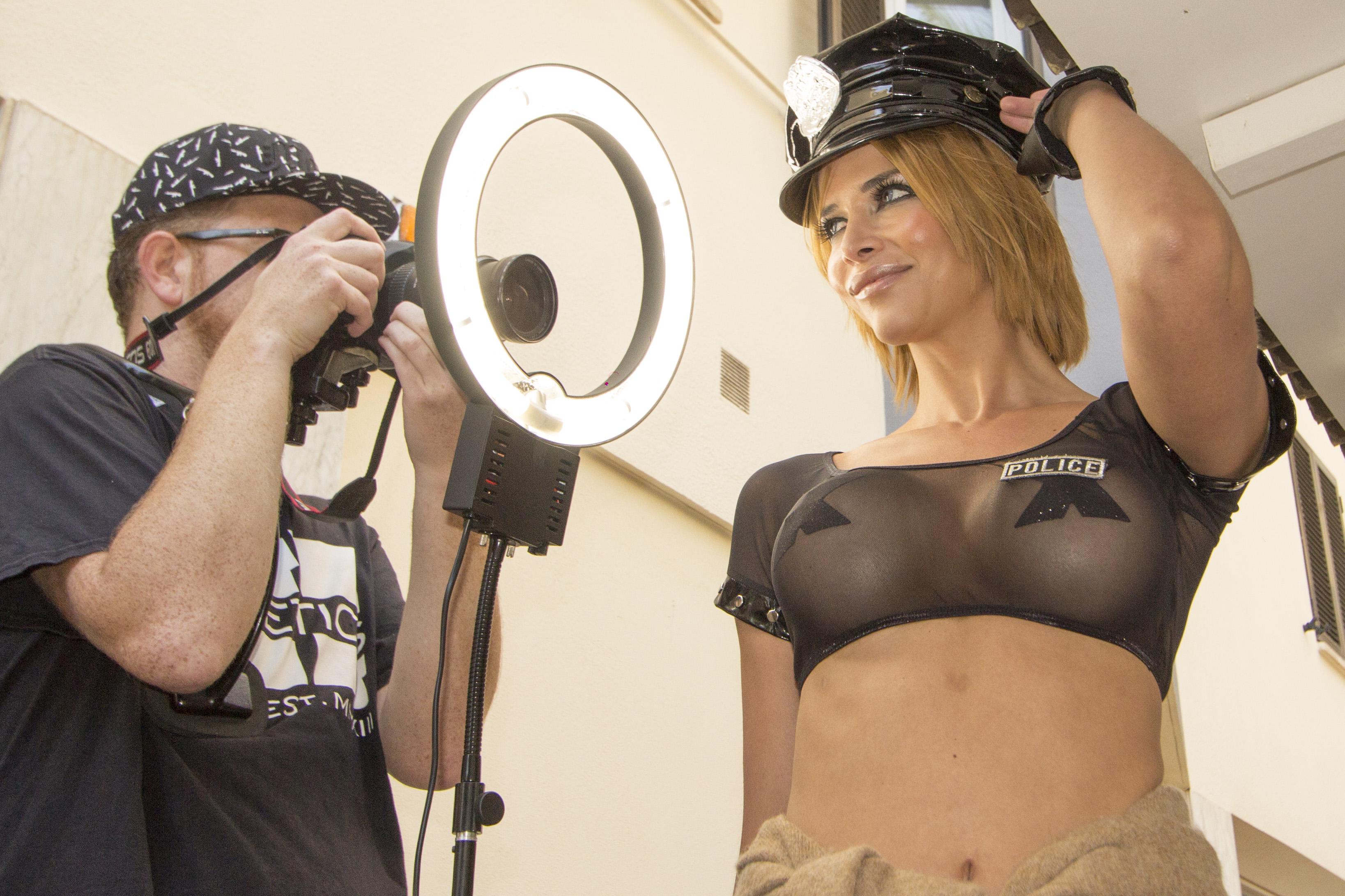Micaela Schaefer Sexy Pho...