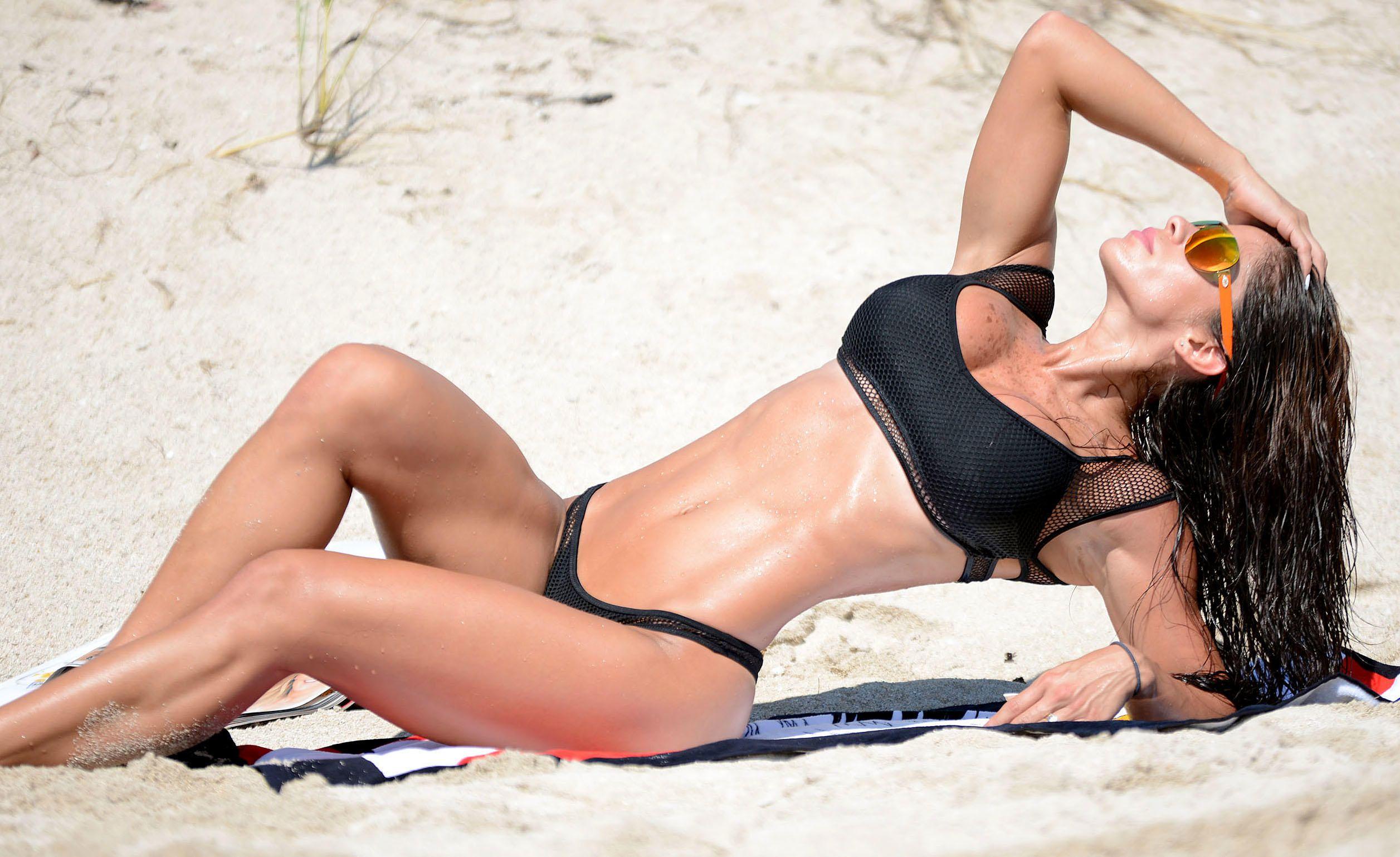Michelle Lewin Sexy Bikin...
