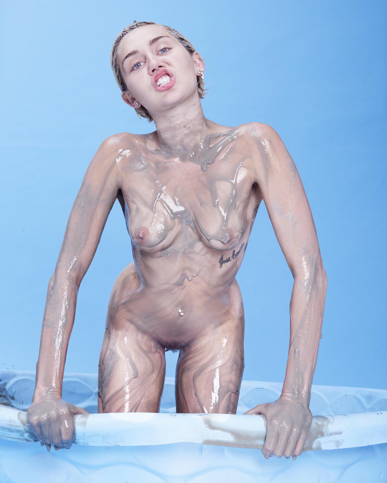 Miley Cyrus nude (1)