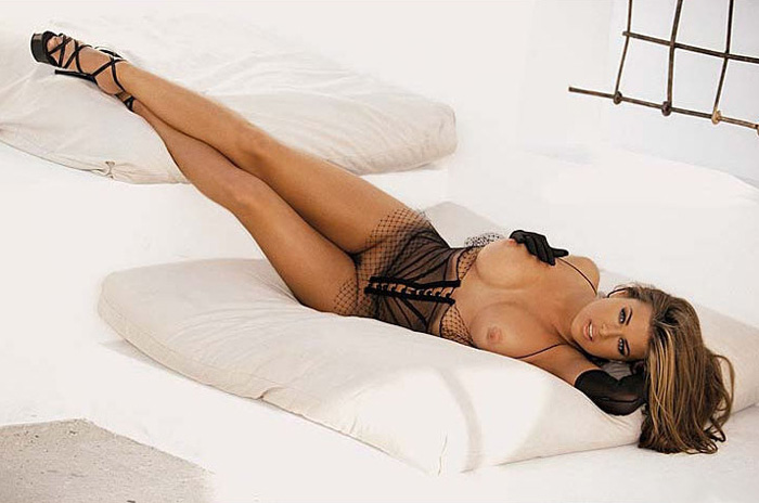 Carmen Electra Nude
