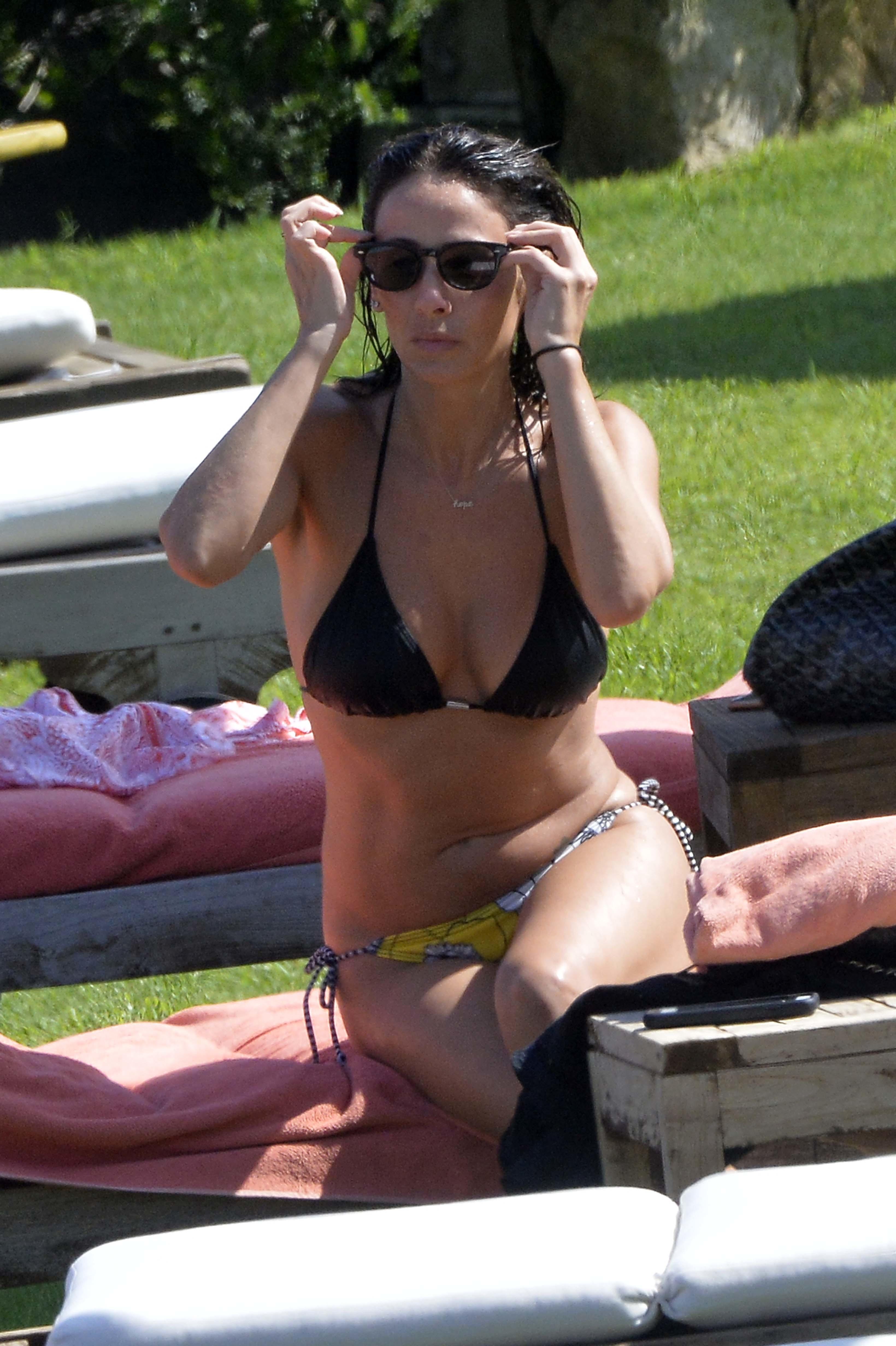 Natalie Imbruglia Sexy Pi...