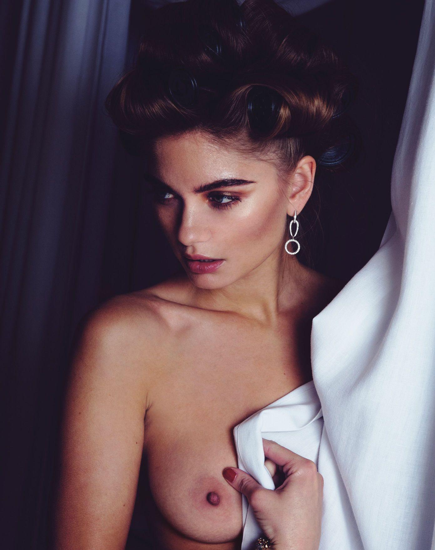 Natalie-Morris-Topless-3