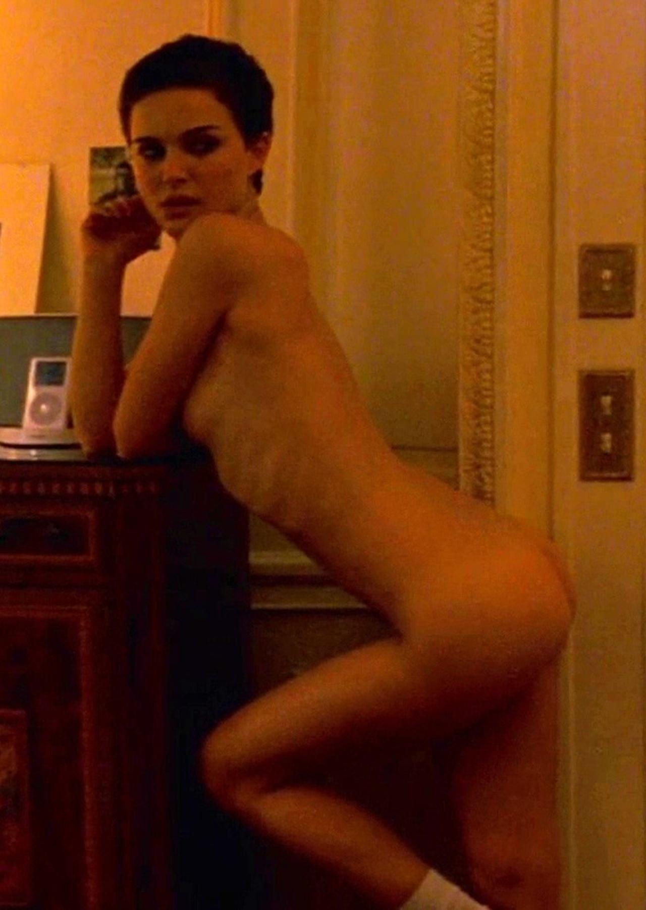 Natalie-Portman-Naked-01