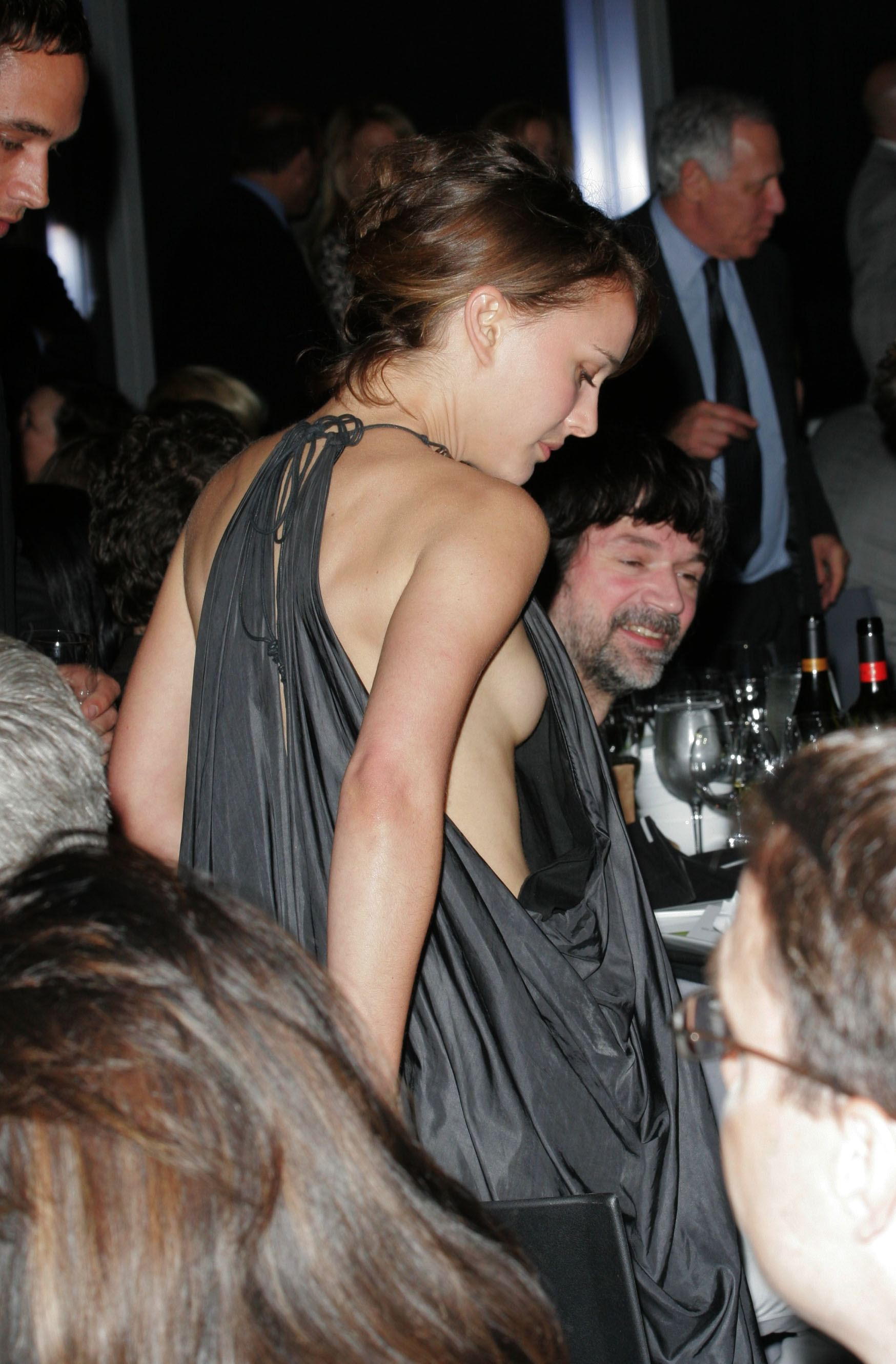 Natalie Portman Nipslip