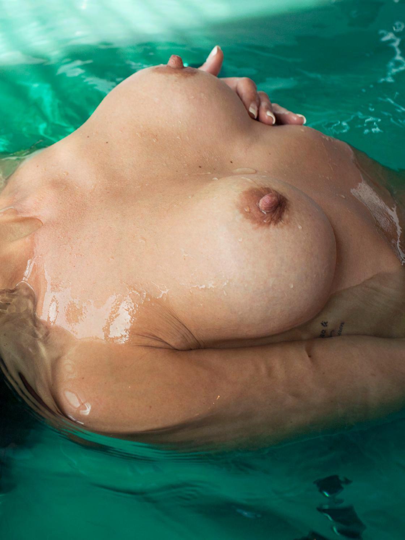 Nereida Gallardo Topless ...