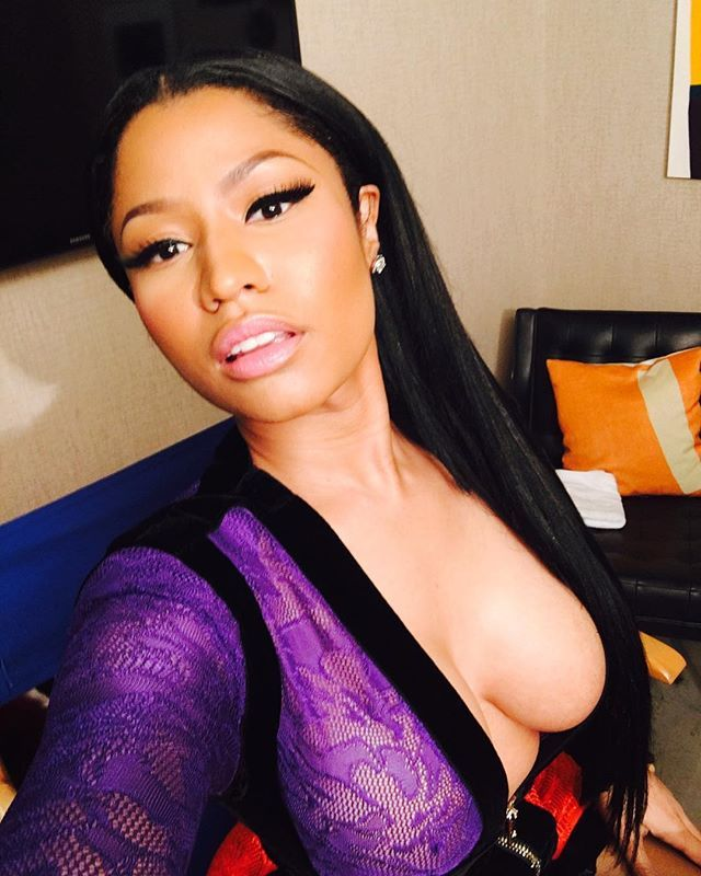 Cleavage Photos Of Nicki ...